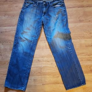 Lucky Brand Jeans 36x34 distressed Jean's Nice